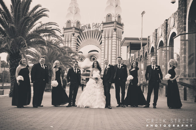 luna park group wedding photo