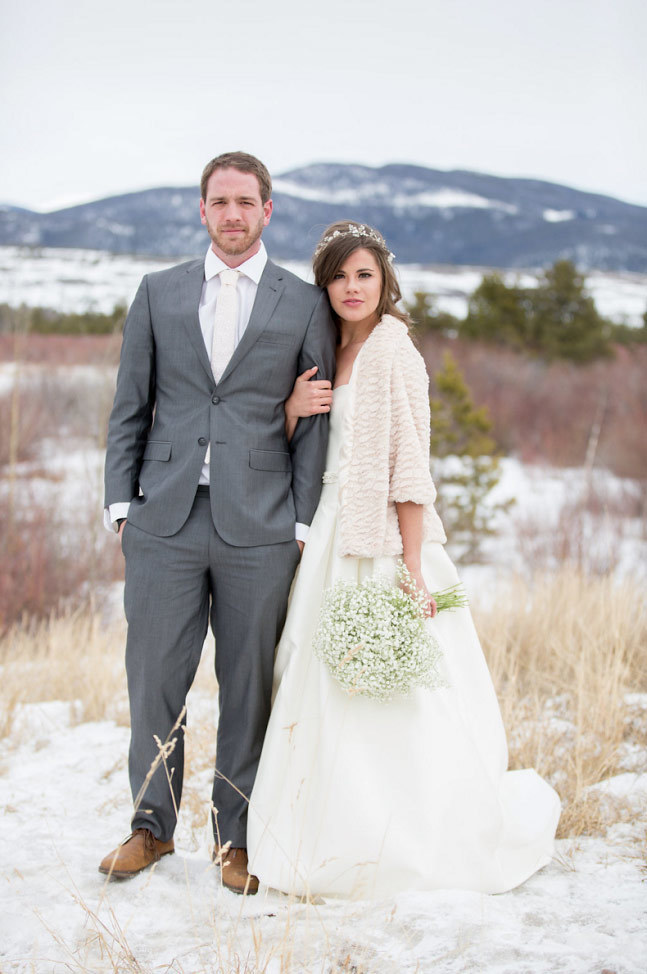 snowy background couple photo