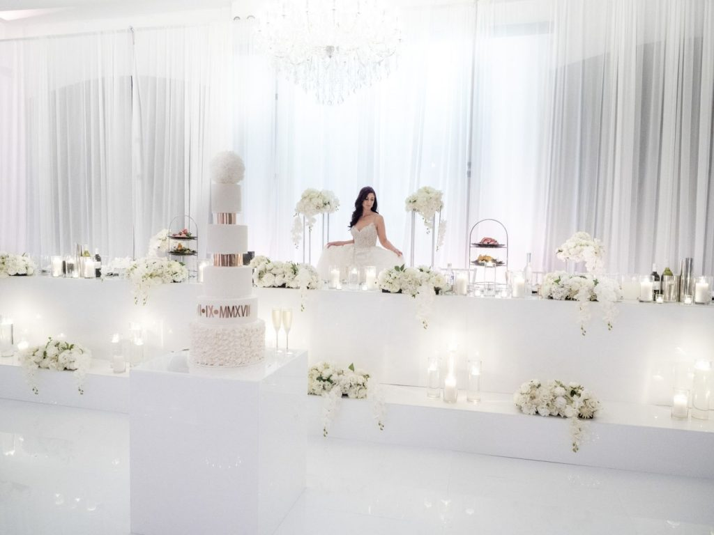 white-wedding-at-vogue-ballroom