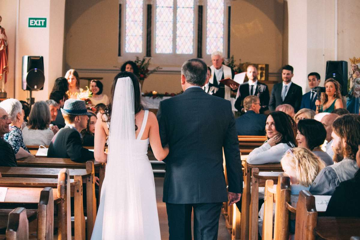What Are the Things Guests Should Never Wear to a Wedding