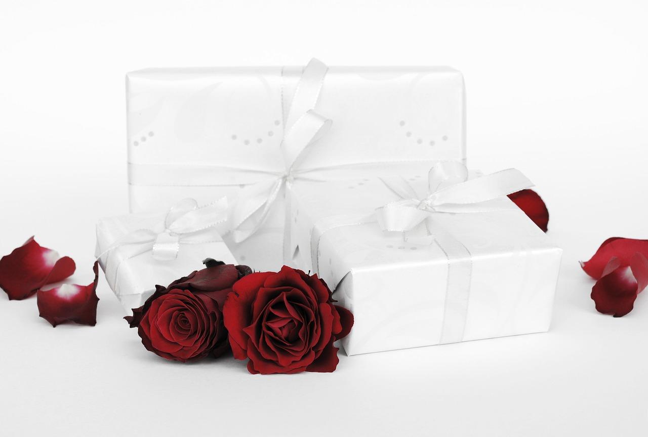 weddiing-gift-roses