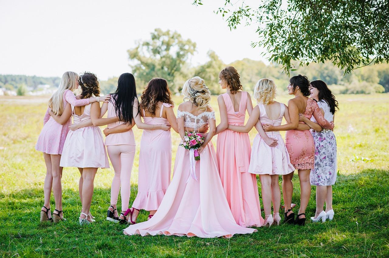 group-shot-wedding
